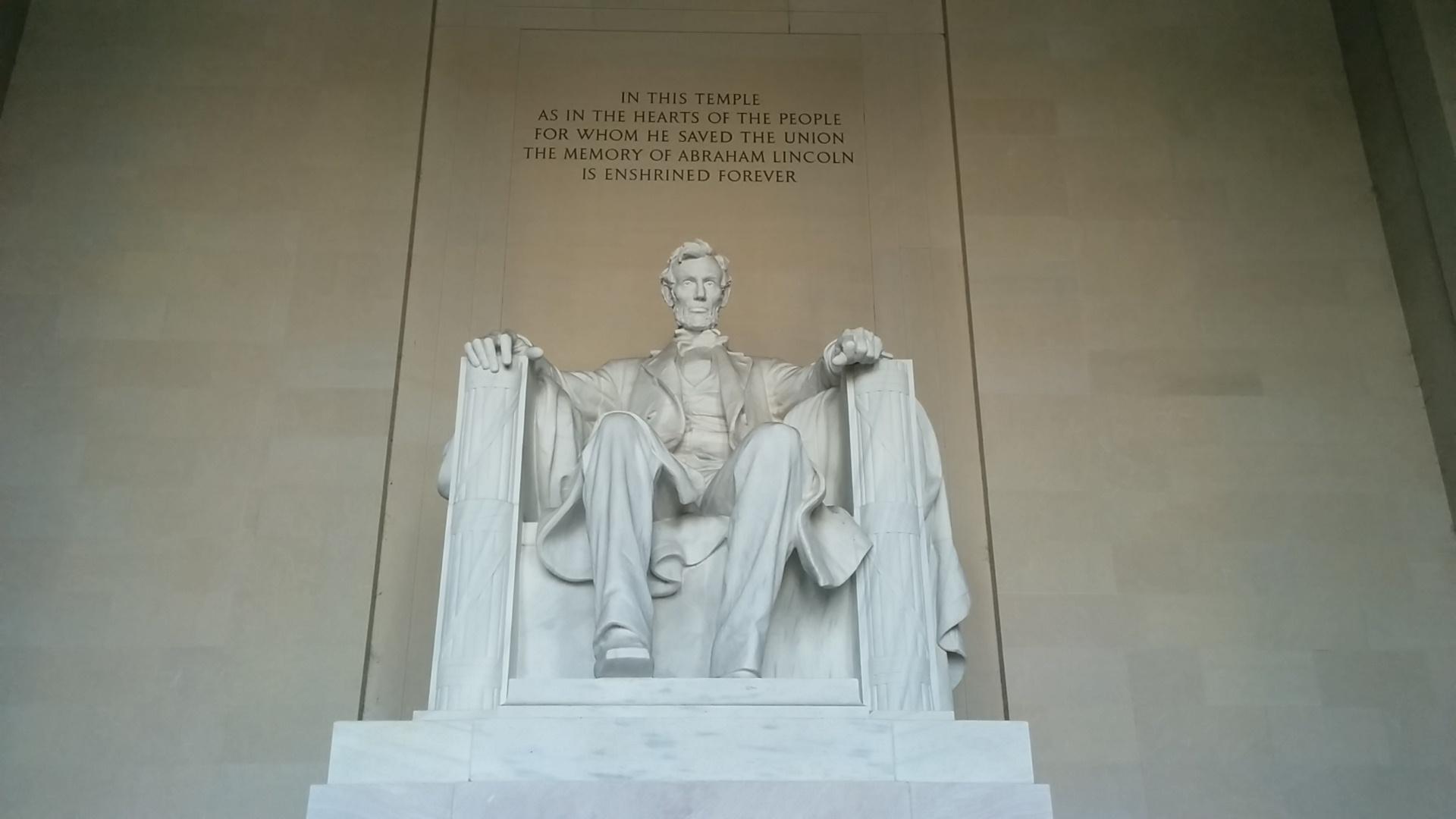 Abramone Lincoln